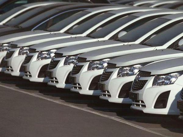Nazirlik 2,5 milyon manatlıq avtomobil alır
