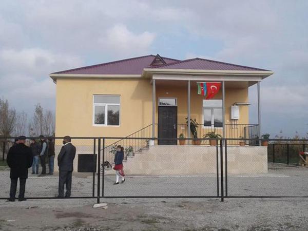 8 şəhid ailəsi və Qarabağ müharibəsi əlili evlə təmin olunub - FOTO