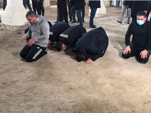 """""""Qarabağ"""" Cümə məscidini və Allahverdi Bağırovun məzarını ziyarət etdi - FOTO"""
