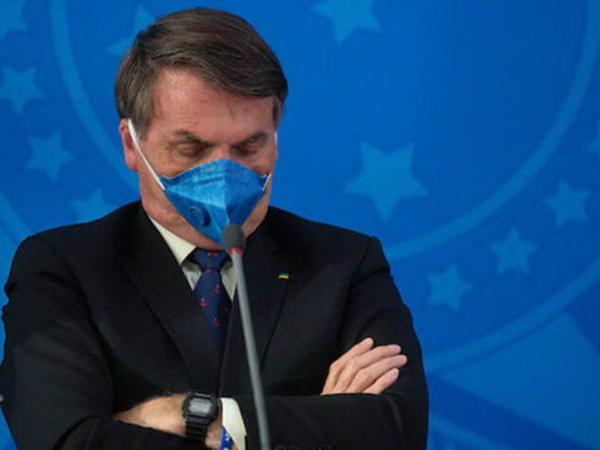 """Bolsonaro: """"Peyvənd olunmayacağam"""""""