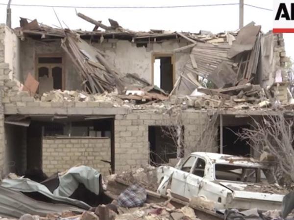 """""""Associated Press"""" Ermənistanın Gəncəyə raket hücumunun ağır nəticələri ilə bağlı reportaj yayıb - VİDEO - FOTO"""