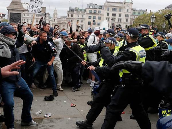Londonda polis 150-dən çox nümayişçini saxlayıb