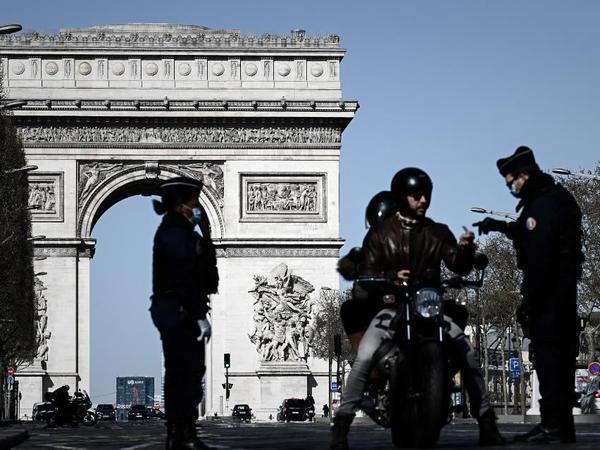 Fransada koronavirusa yoluxanların sayı 2,2 milyonu ötüb