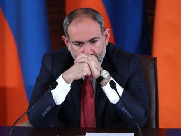 Ermənistan prezidenti Paşinyan hökumətinin istefasını tələb edib