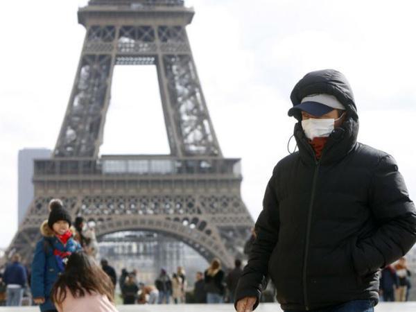 Fransada koronavirusa yoluxanların sayı azalıb