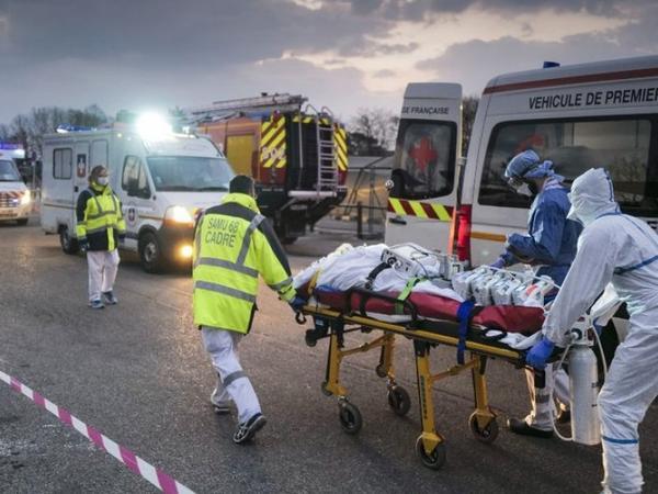COVID-19: Fransada son sutkada 198 ölüm faktı qeydə alınıb