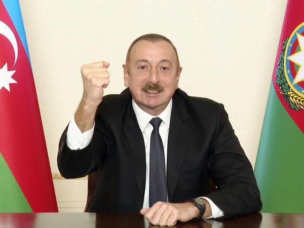 """Prezident İlham Əliyev: """"Biz bütün dünyaya göstəririk ki, biz böyük xalqıq, yenilməz xalqıq"""""""