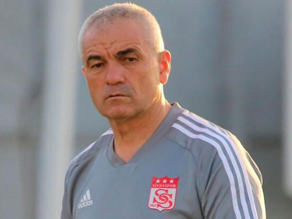 """""""Sivasspor""""un baş məşqçisi koronavirusa yoluxdu"""