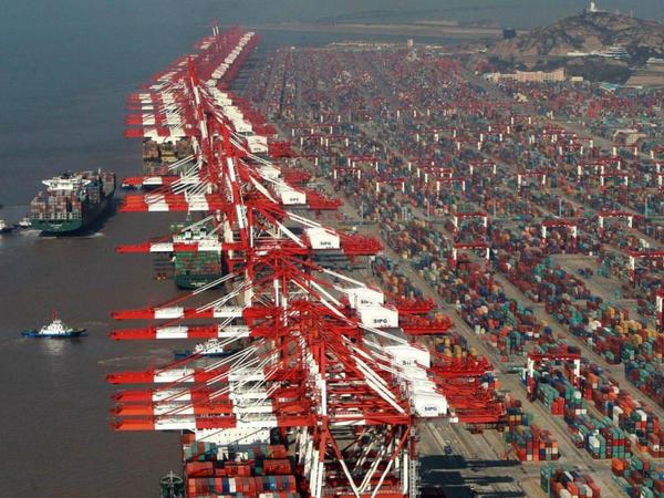 Dünyanın ən iri 10 ticarət limanının 7-si Çindədir