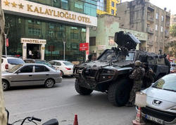 Türkiyədə hoteldə bir polisi öldürüb, digərini yaralayan şəxs tutuldu - YENİLƏNİB