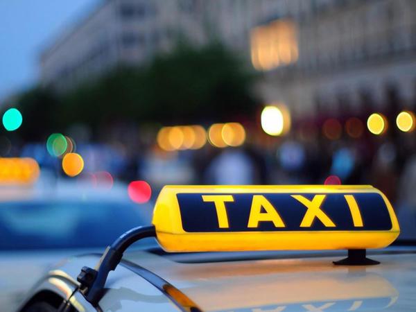 Taksi fəaliyyəti ilə məşğul olan COVİD-19 xəstəsi saxlanıldı