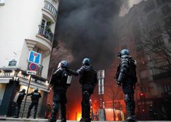 Parisdə etiraz aksiyası zamanı 22 nəfər saxlanılıb