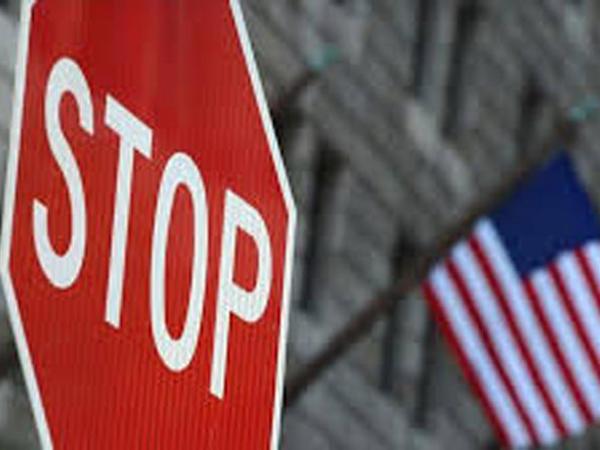 ABŞ bir sıra Çin rəsmilərinə viza məhdudiyyətləri tətbiq edir