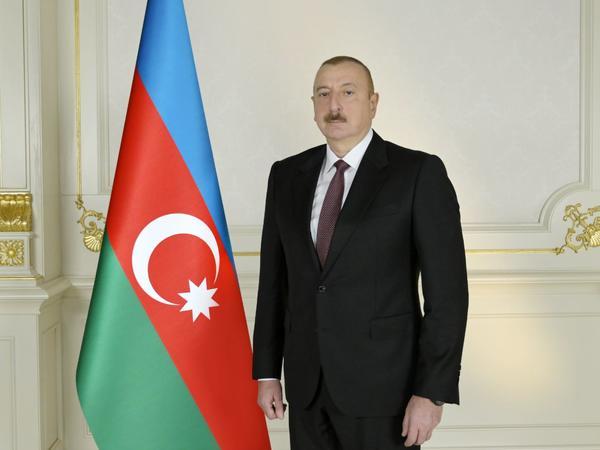 Prezident İlham Əliyev Kazandakı terror aktına görə Putinə başsağlığı verib