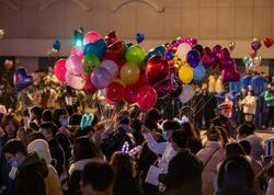 Dünyanı Covid-19 bəlasına salan Uhanda Yeni il gecəsi - FOTO