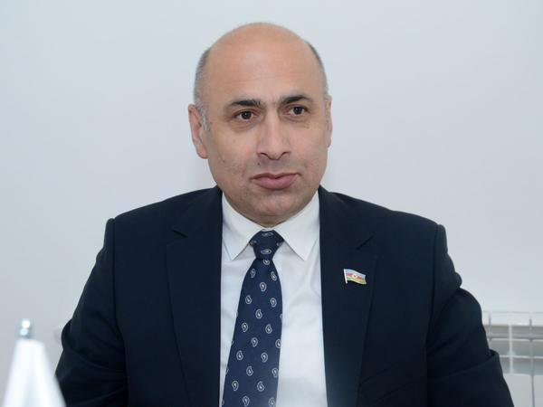 Jirinovskinin çıxışları istehza və gölüş doğurur, siyasətçi danışğından uzaqdır - Deputat