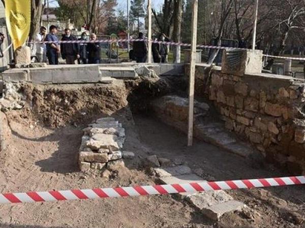Səlcuq sultanının məzarı tapıldı - FOTO