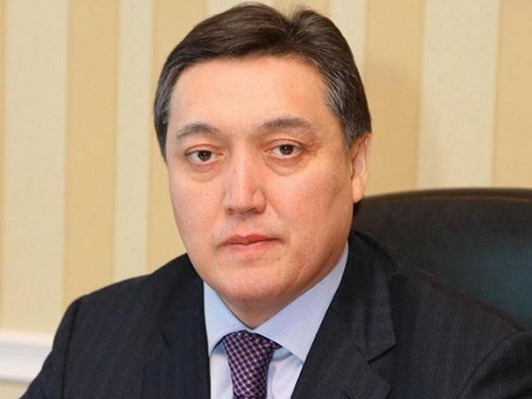 Qazaxıstanın yeni baş nazirinin adı açıqlanıb