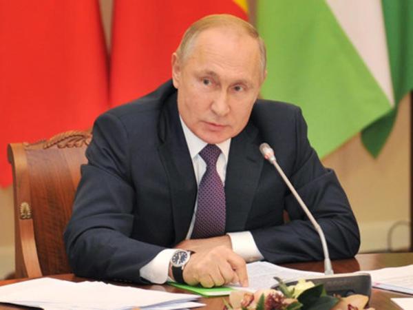 Putin Təhlükəsizlik Şurasının iclasında Moskva görüşünü müzakirə edib