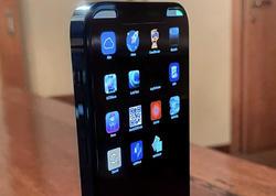 """iPhone 12 Pro"" smartfonunun prototipi məlum olub"