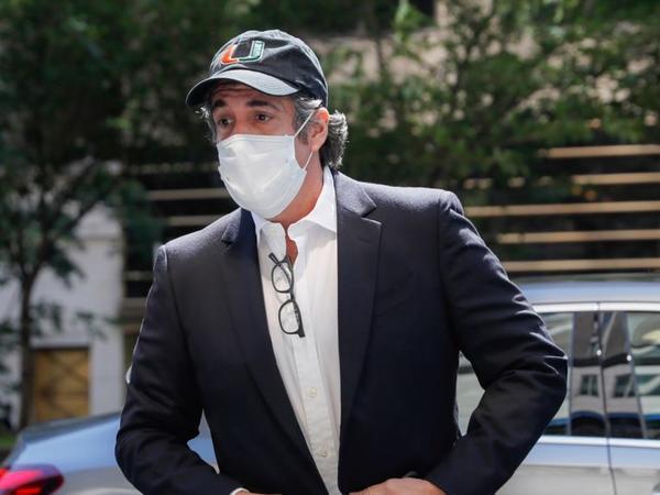 Nyu York prokurorları Koheni Trampın biznes əlaqələri ilə bağlı sorğu-sual ediblər