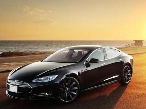"""Tesla sürücülərini gözləyən gizli təhlükə - <span class=""""color_red"""">5 ilə sıradan çıxa bilər</span>"""