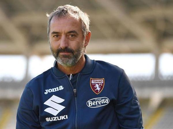 İtaliya klubu baş məşqçisini istefaya göndərdi