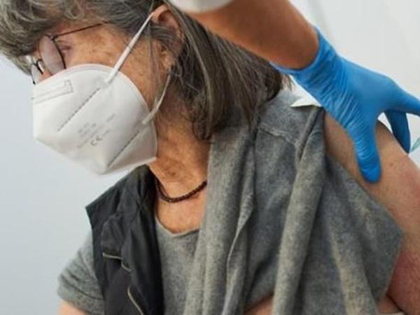 Norveçdə koronavirus peyvəndi vurulan onlarla insan niyə həyatını itirib?