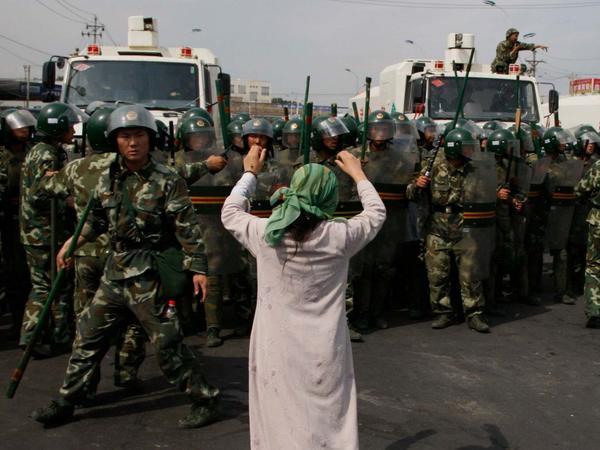 """Pompeo Çinin uyğurlara qarşı siyasətini """"soyqırım"""" adlandırıb"""