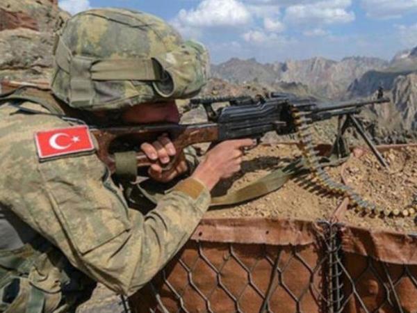 Türkiyə hərbçiləri Suriyada terrorçuları zərərsizləşdirdi