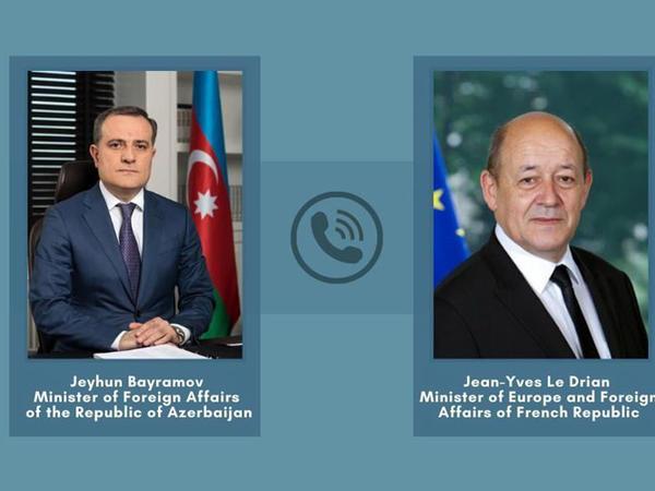Azərbaycan və Fransa XİN başçıları telefonla danışıblar