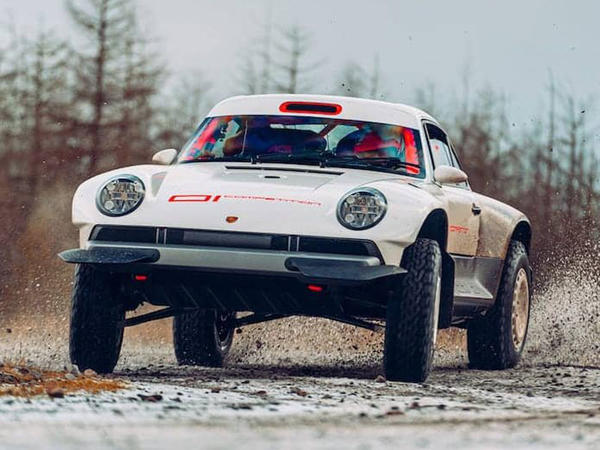 Porsche 911 sportkarını ekstremal ofrouderə çeviriblər - VİDEO - FOTO