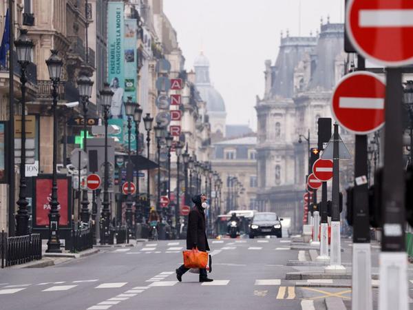 Fransada fövqəladə vəziyyət payızadək uzadıla bilər