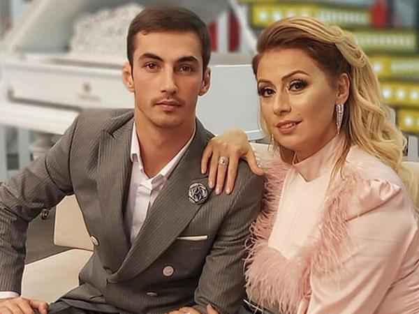 Roza Zərgərlinin oğlunun aktrisa ilə FOTOsu diqqət çəkdi