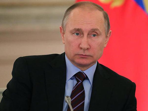 Putin Təhlükəsizlik Şurasının iclasını keçirib