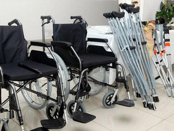 Son bir ayda ehtiyacı olan qazilərə 600-dən çox reabilitasiya vasitəsi verilib