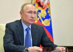Putin məmur təyinatında yaş həddini ləğv edir