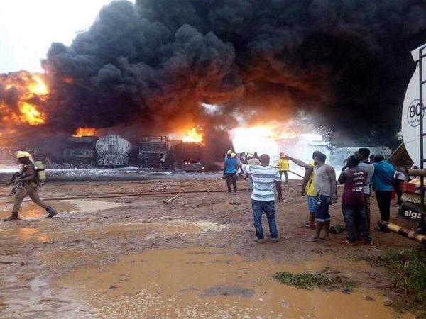 Nigeriyada yanacaq maşını partlayıb, ölənlər var