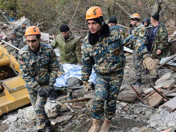 Erməni hərbi analitik Qarabağda ölən hərbçi sayını açıqladı