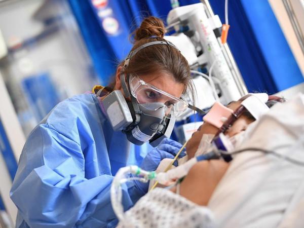 Türkiyədə koronavirusdan sağalanların sayı 2,3 milyon nəfəri ötüb