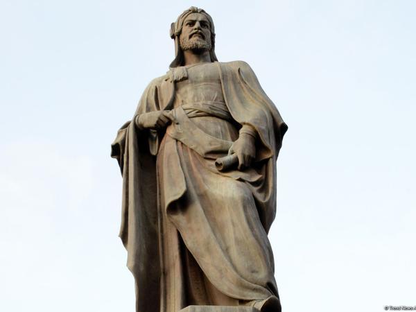 Bakıdakı Nizami Gəncəvi heykəlinin yaradılmasının tarixçəsi - Maraqlı faktlar - FOTO