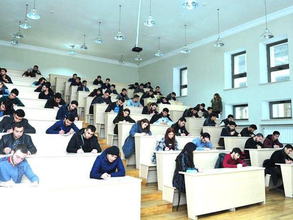 Azərbaycanda ən çox hansı ölkə vətəndaşları ali təhsil alır?