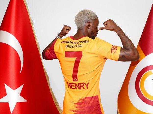 """""""Qalatasaray""""dan növbəti transfer"""