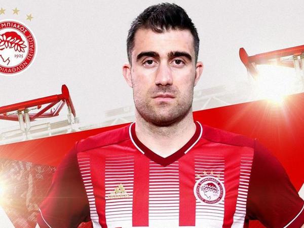 """""""Arsenal""""dan ayrılan futbolçu Yunanıstan klubunda"""