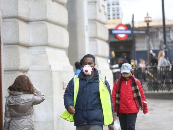 Böyük Britaniyada 100 mindən çox insan koronavirusdan öldü
