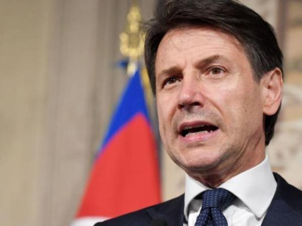 İtaliyanın baş naziri istefa vermək niyyətindədir
