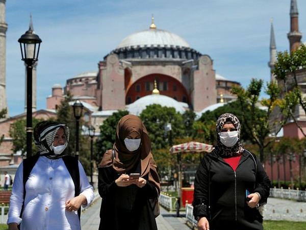 Türkiyədə son sutkada koronavirusdan 8 803 nəfər sağalıb