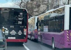 Sıxlığın həlli üçün çəkilən avtobus zolaqları özü sıxlıq yaradır - FOTO