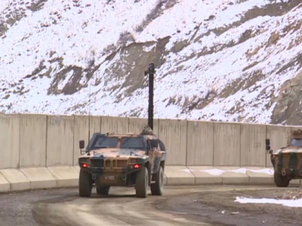 Türkiyə-İran sərhədində 81 kilometrlik divar tikildi - VİDEO