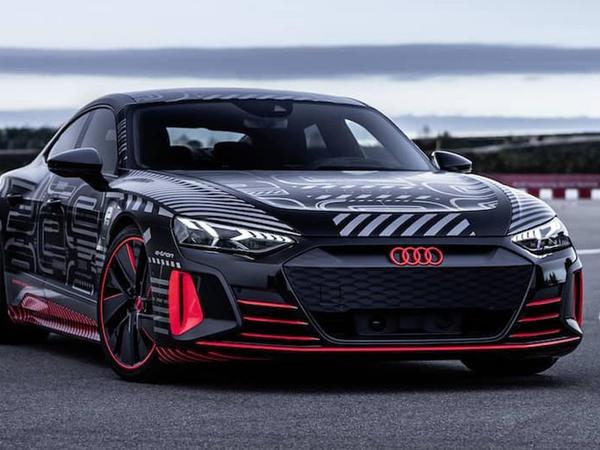 Audi e-tron GT modeli yeni videoçarxda - VİDEO - FOTO
